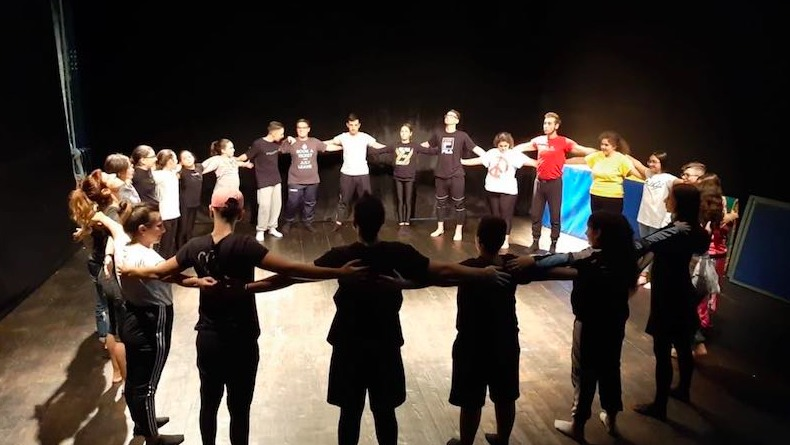 Opening the Circus Tent– Social Circus Training for Educators for the Inclusion of Minority Groups