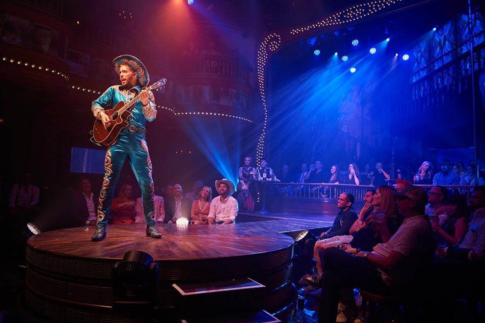 Cowboy musician in Las Vegas
