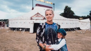 Nell Gifford, Owner of Giffords Circus, Dies of Breast Cancer
