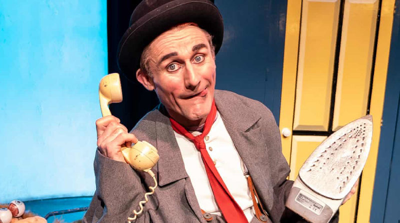 Tweedy's Lost and Found Review – Giffords Clown Bursts into your Lounge