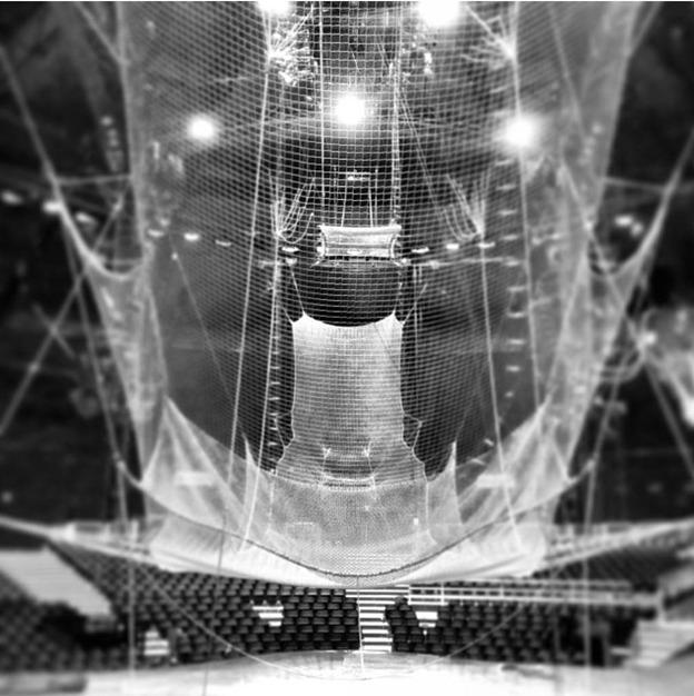 trapeze net