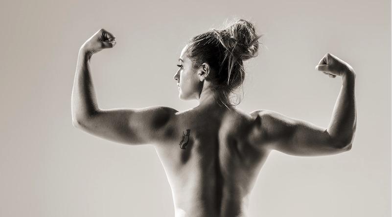 muscular aerialist
