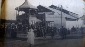 From Wirth's to Circus Oz, Melbourne's Art Centre is Still Home for Australia's Greatest Circus Troupes