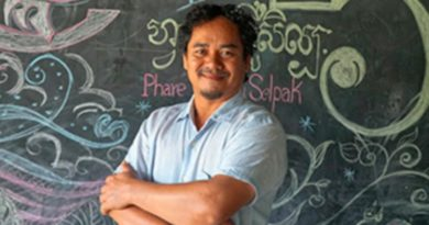Remembering Lokru Srey Bandaul, Co-Founder of Phare Ponleu Selpak