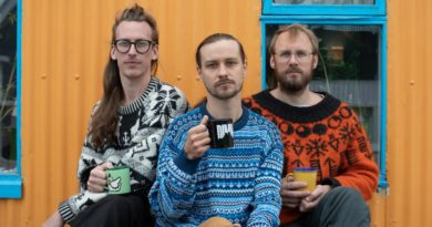 'Three Men From The North': The Grapevine's 2021 Fringe Award Winners Serve Up IKEA, Black Coffee, Saunas & Juggling